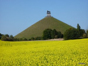 Belgium_Waterloo_Lion_Mound_f848e5a9c6704be288cab1c5c8a4b05a